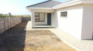 BRAND NEW, MODERN HOME, UNDER CONSTRUCTION!