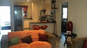 2 BED TOWNHOUSE IN SECURE COMPLEX
