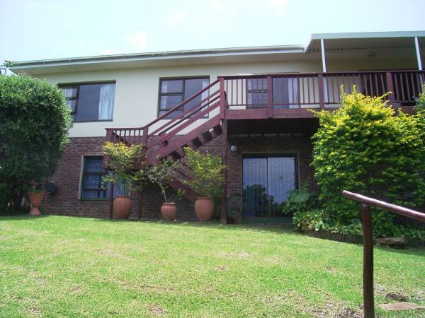 Lock up and GO .. Secure, Large Home in a Complex!