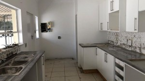 Spacious house in upmarket area