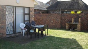 2 Bedroom townhouse in a Secure complex
