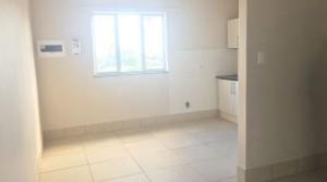 Modern, spacious, apartment close to Gonubie Primary School!