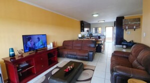 Sectional title unit for sale in Gonubie