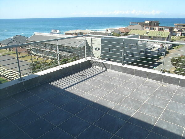 Beach Apartment with amazing 120° SEA VIEWS