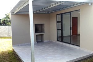 Outside Patio & Built in Braai